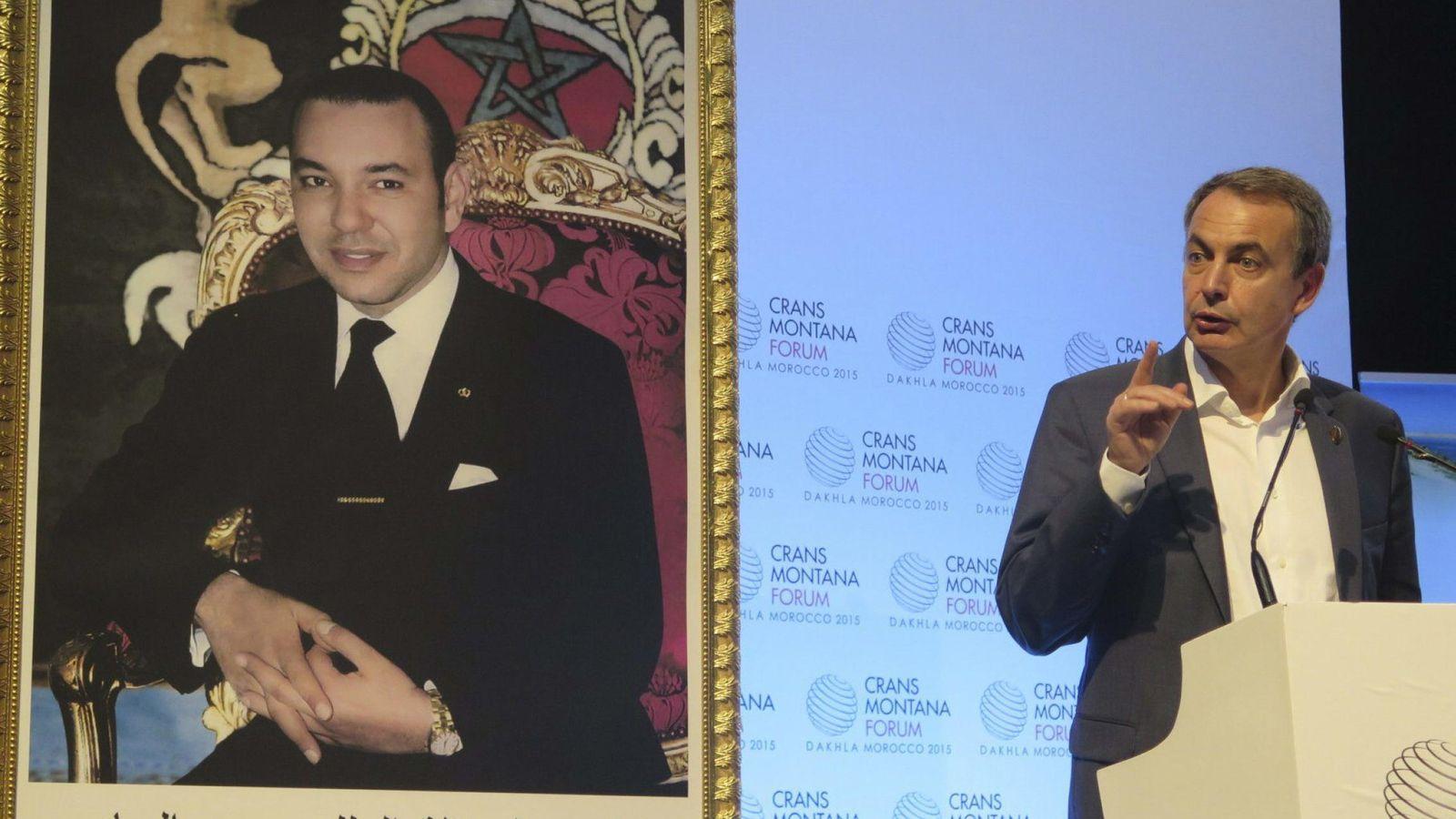 Foto: Zapatero, durante su intervención en el Foro Crans Montana, en Dajla, en Sáhara Occidental. (EFE/Javier Otazu)