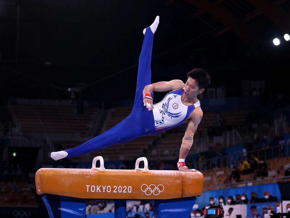 Foto: El gimnasta Chih Kai Lee, de Taipéi, compite en los Juegos Olímpicos de Tokio. (EFE)
