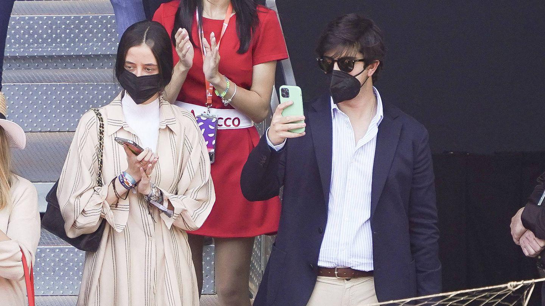 Victoria Federica de Marichalar y su novio,  en el Open de Tenis de Madrid. (Cordon Press)