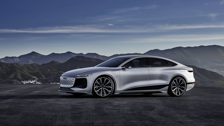 El Audi A6 e-tron, cien por cien eléctrico, llegará en 2023 y será el segundo modelo de la marca dotado de la plataforma PPE, desarrollada en colaboración con Porsche.