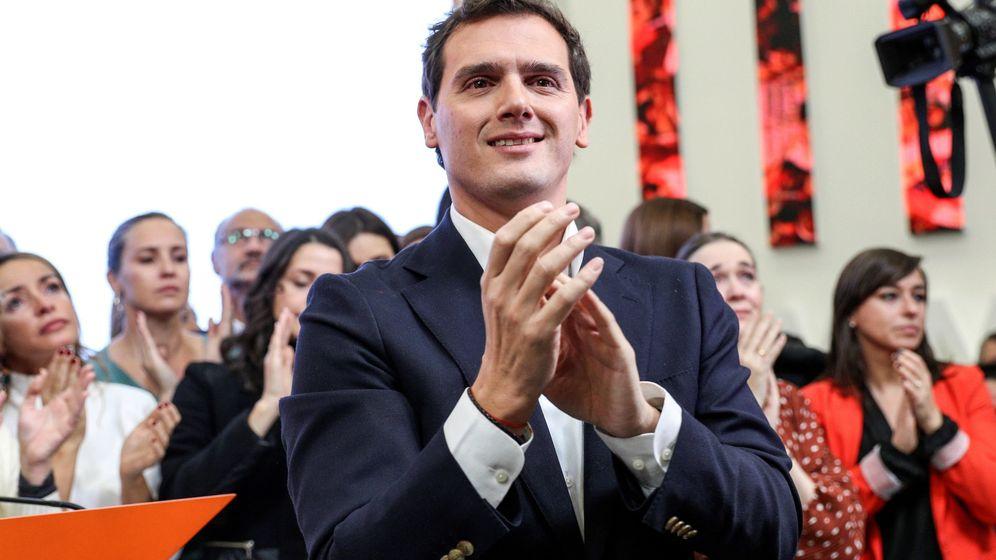 Foto: El presidente de Ciudadanos, Albert Rivera, durante la comparecencia en la que anunció su dimisión. (EFE)