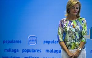 Oña, 'la Aguirre del Sur', amenaza el liderazgo de Moreno Bonilla