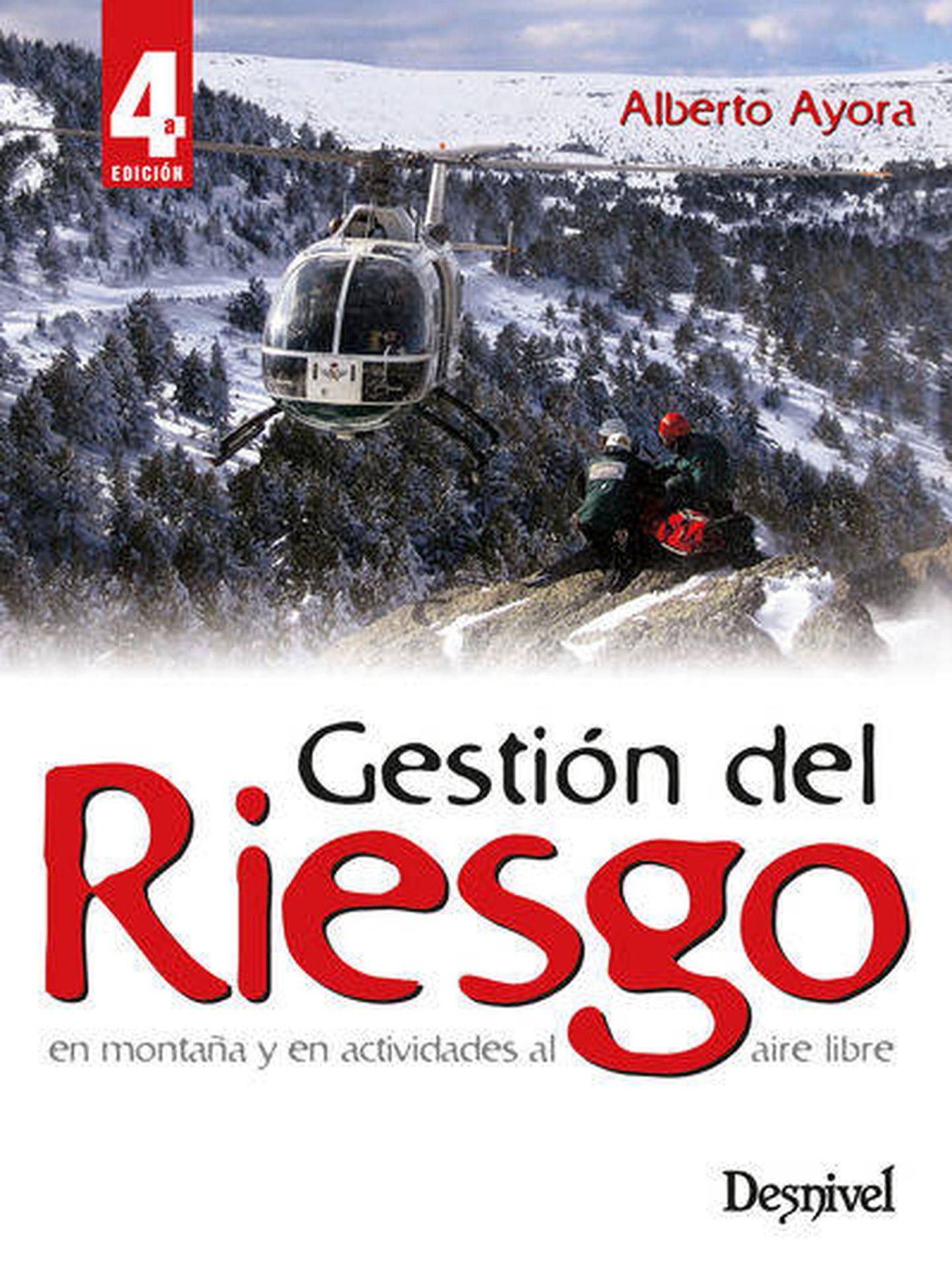Uno de los libros de Alberto Ayora sobre riesgo.