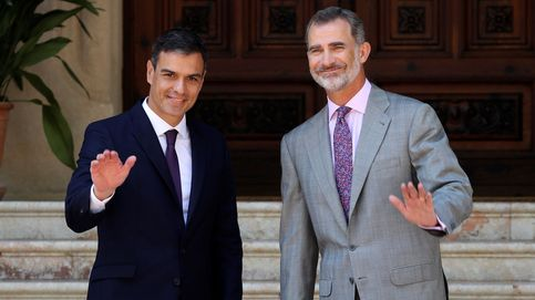 Pedro Sánchez se reúne con el Rey en el Palacio de Marivent