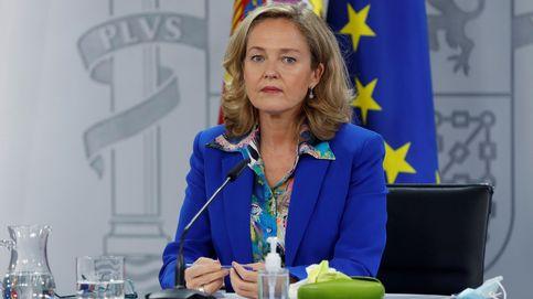 Calviño acusa a Podemos de jugar al despiste con la enmienda de los desahucios