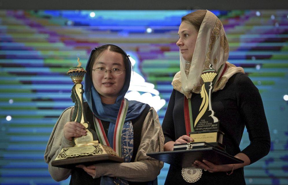 Foto: la ucraniana Anna Muzychuk, a la derecha. (EFE)