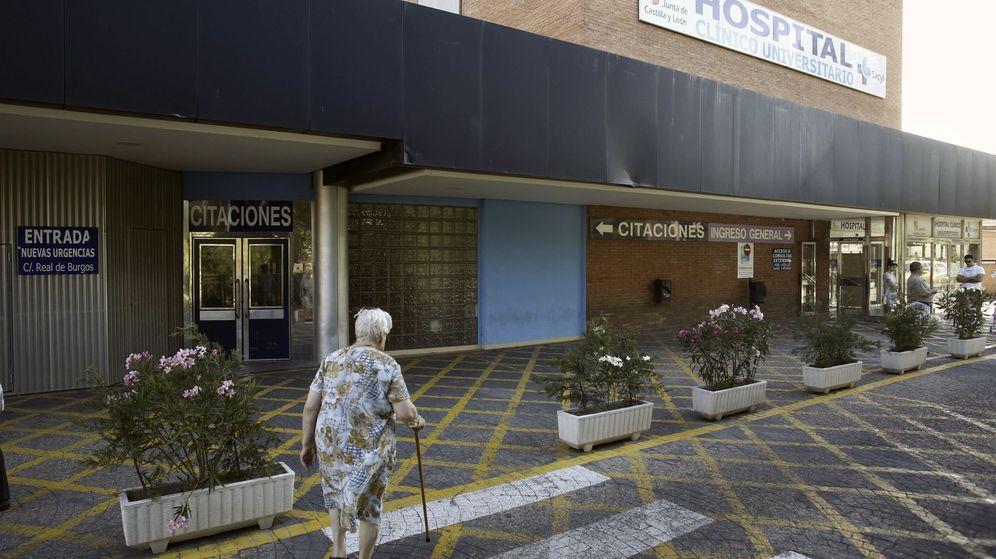 Foto: Fachada del Hospital Clínico de Valladolid, donde fue atendida la bebé. (EFE)