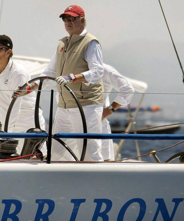 Foto: El Rey Juan Carlos en la regata Breitling de vela en Mallorca (Efe)