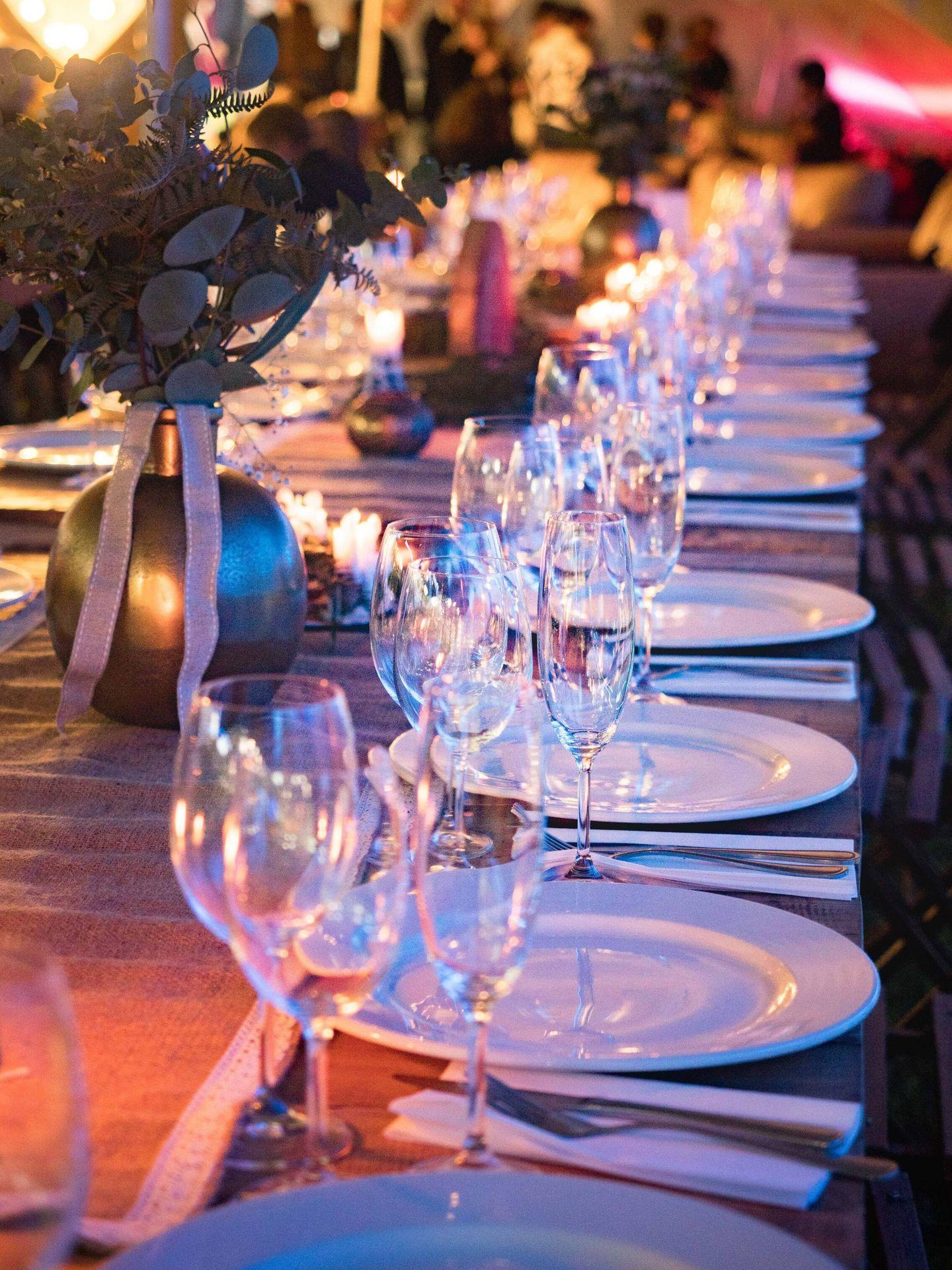 Distribución de las mesas en la boda. (Tembela Bohle para Pexels)