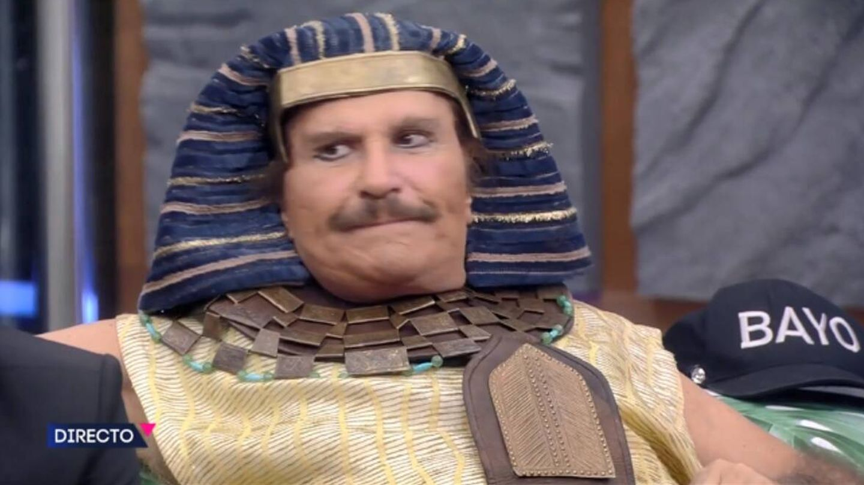Bigote, faraón de la guasa.