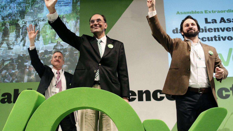 El antiglobalismo de Abascal que espanta al primer líder de Vox: Roza la demencia