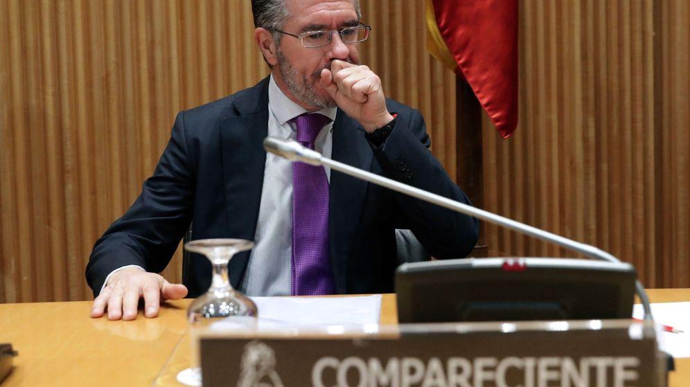 Foto: Francisco Granados antes de comparecer en el Congreso. (EFE)