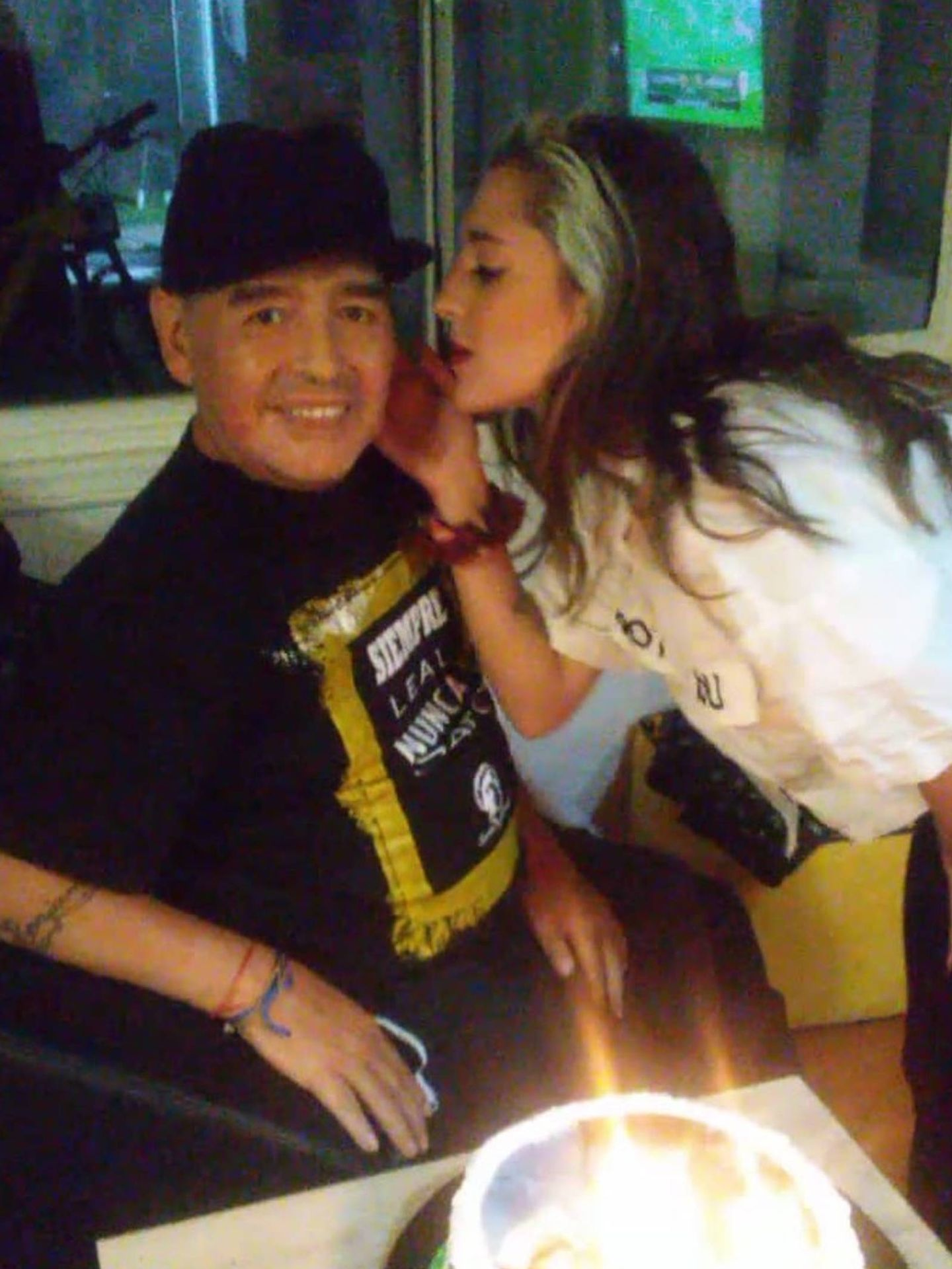 Maradona, junto a su hija Jana. (Instagram @janamaradona)