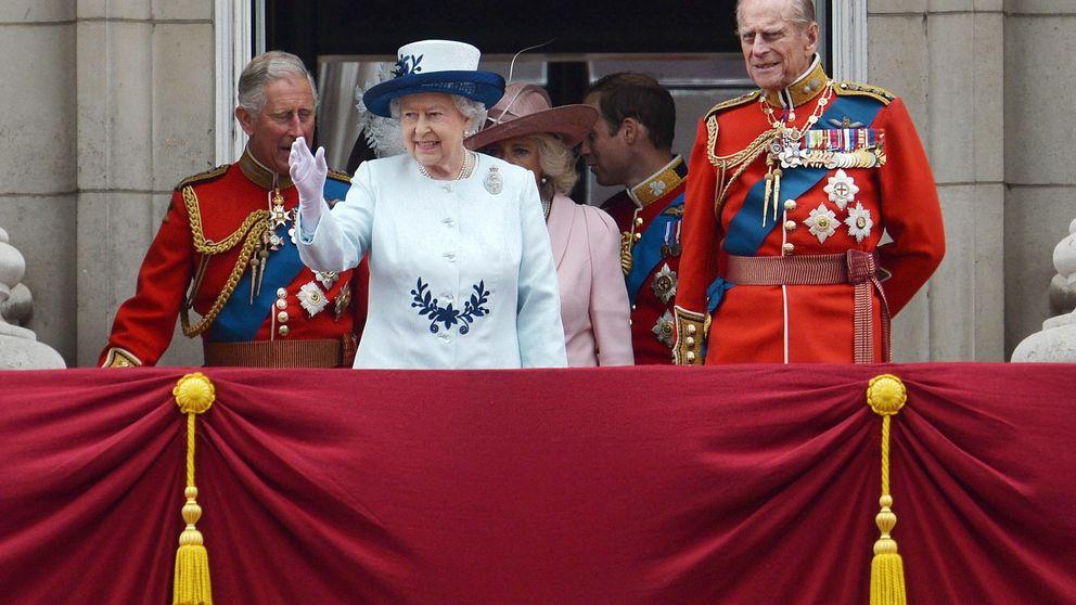 Isabel II celebra su cumpleaños con un espectacular desfile