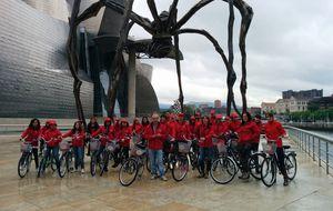 Adecco suma más de 32.000 km pedaleando para ayudar a jóvenes
