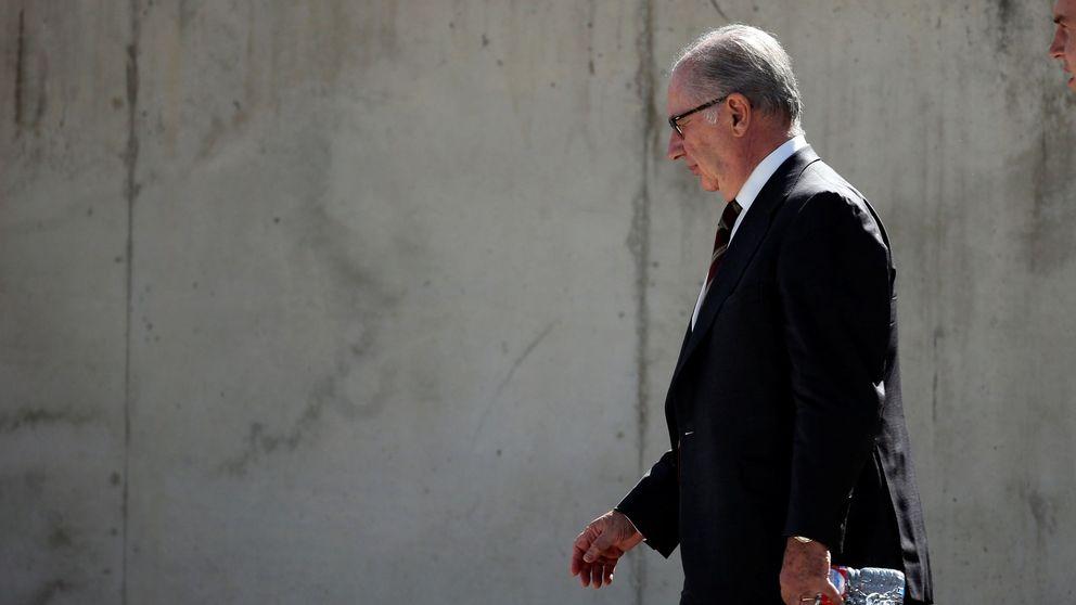 Rato sostiene que su tarjeta de Bankia no era de libre disposición sino fijada a su nómina
