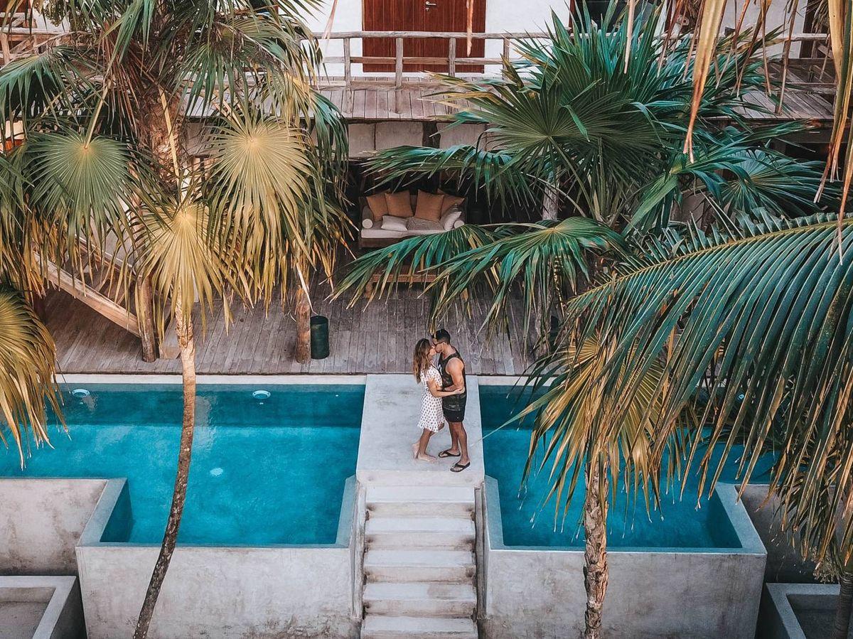 Foto: Pareja de novios en México. (Fotografía de Roberto Nickson para Unsplash)