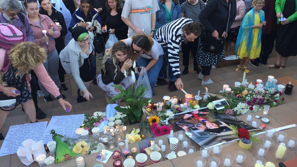 Foto: Pequeño homenaje dedicado a Grace Millane, la joven británica asesinada en Nueva Zelanda. (Reuters)