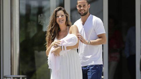 Malena Costa y Mario Suárez presentan a su hija Matilda
