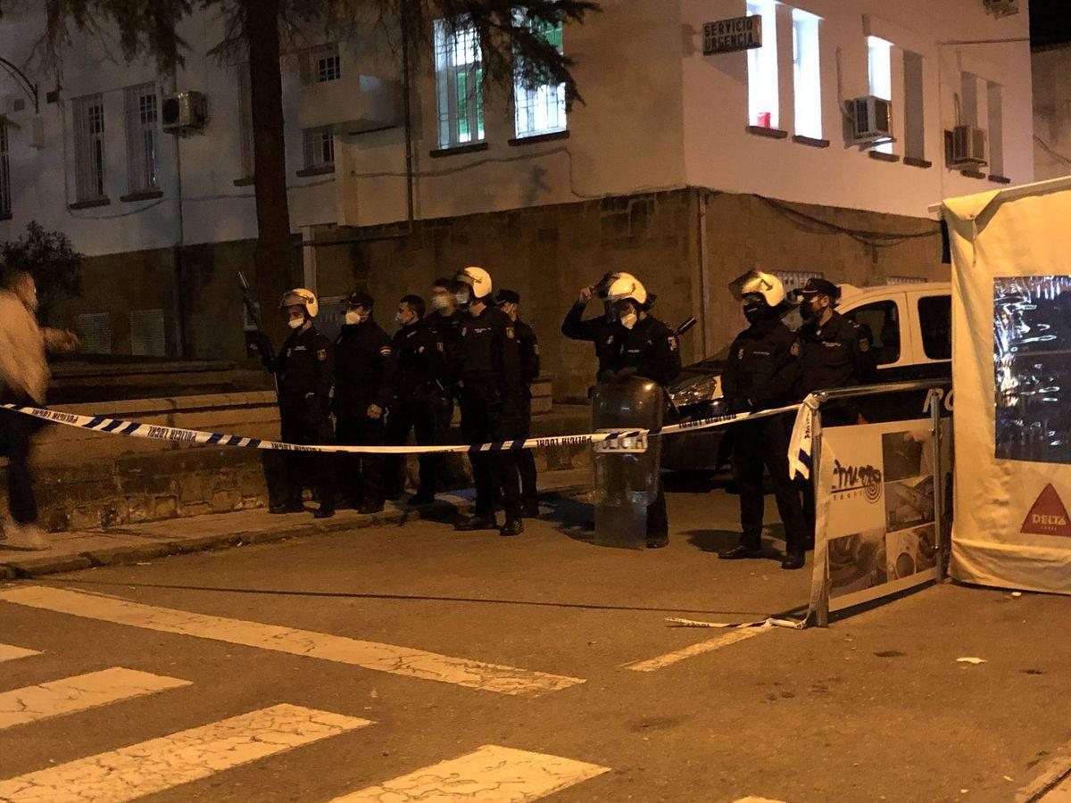 Foto: Calles cortadas en Linares. (EC)