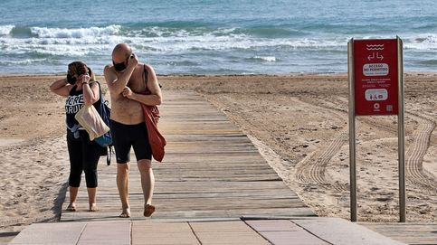 La mascarilla no será obligatoria en las playas de Baleares y Canarias si hay distancia