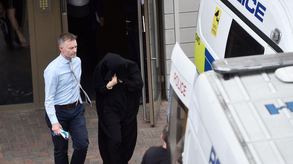 Foto: Uno de los detenidos por la policía británica. (Reuters)