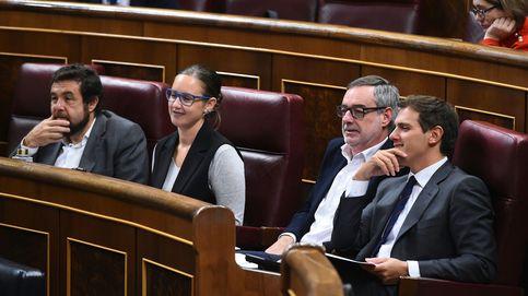 El Congreso, roto por Cataluña: solo PP y Cs votan a favor del 155 y PSOE se opone