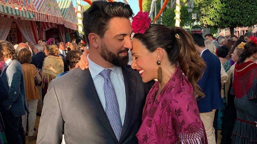 Foto: Coco Robatto y Rocío Osorno, en la Feria de Abril. (Redes)