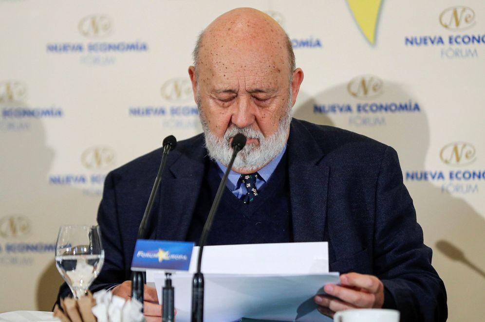 Foto: José Félix Tezanos, presidente del CIS, el pasado 11 de noviembre en un desayuno informativo en Madrid. (EFE)