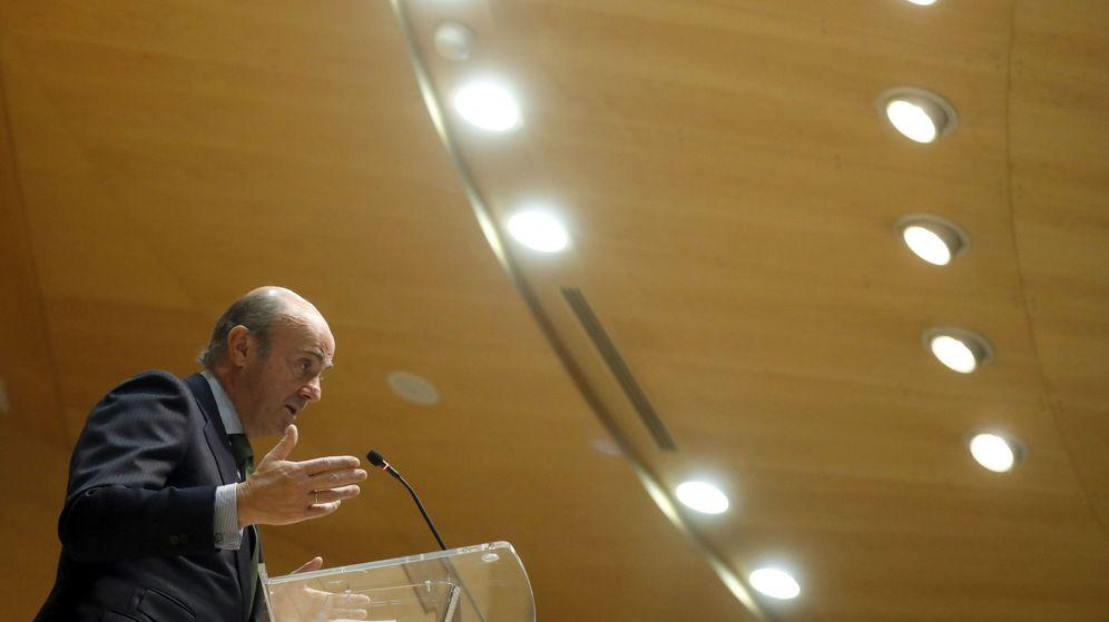 Foto: El ministro de Economía e impulsor del código de las cláusulas suelo, Luis de Guindos. (EFE)