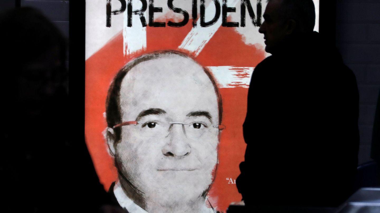 Cartel electoral de Miquel Iceta. (Reuters)