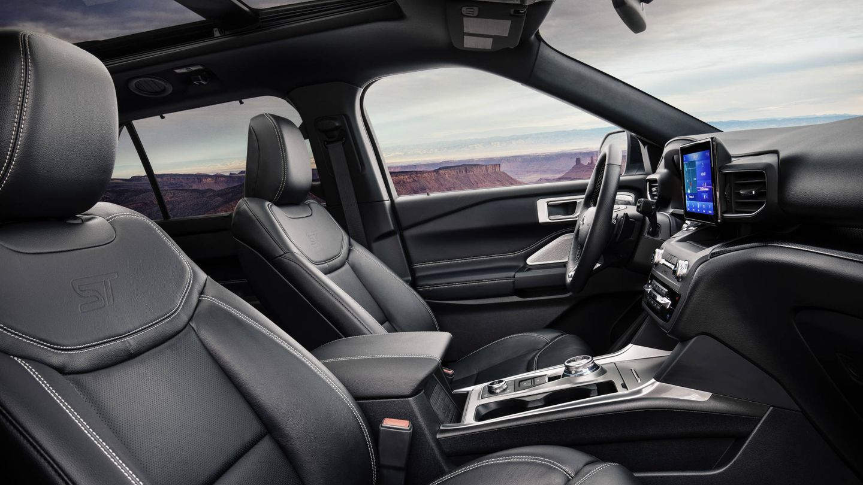 Terminación muy lujosa en este Explorer PHEV, tope de gama de Ford en Europa.