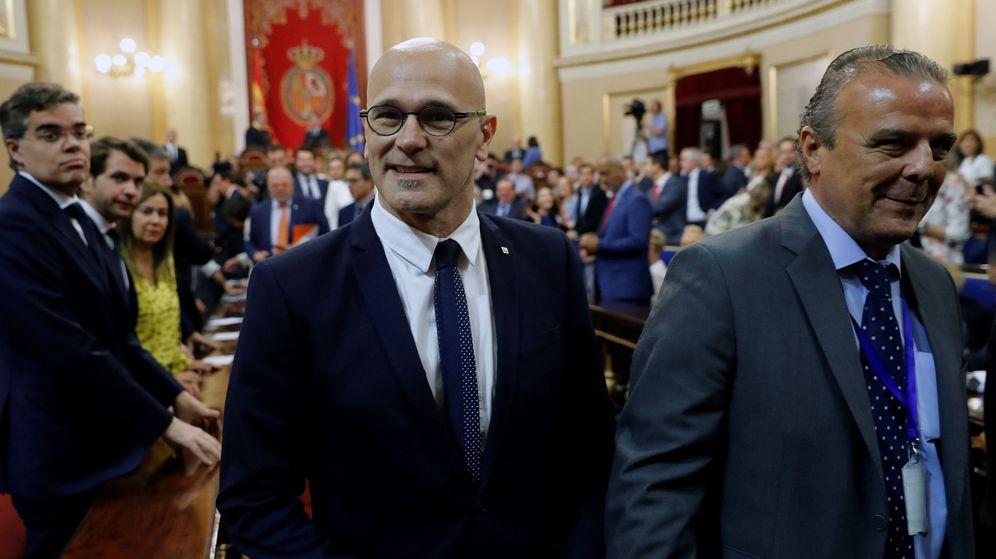 Foto: Raül Romeva, el pasado 21 de mayo, en su estreno como senador, en la sesión constitutiva de la Cámara Alta. (EFE)