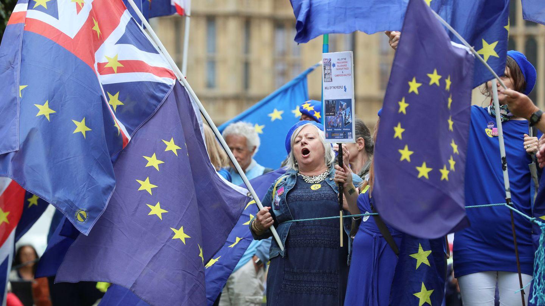 Detractores del Brexit en una manifestación en Londres. (Reuters)