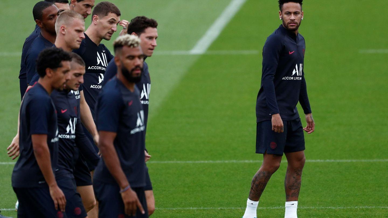 Neymar, en el entrenamiento del PSG. (EFE)