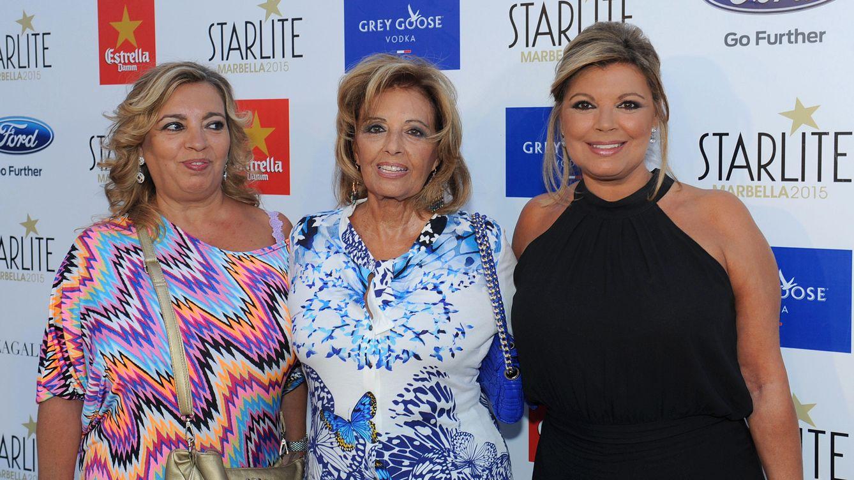 Foto: María Teresa Campos junto a sus hijas Terelu y Carmen Borrego