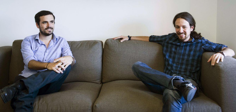 Alberto Garzón y Pablo Iglesias, durante su primera y única reunión pública, el pasado junio. (EFE)