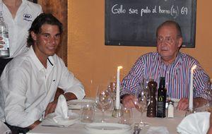 Don Juan Carlos continúa con su ruta gastronómica por España en Extremadura