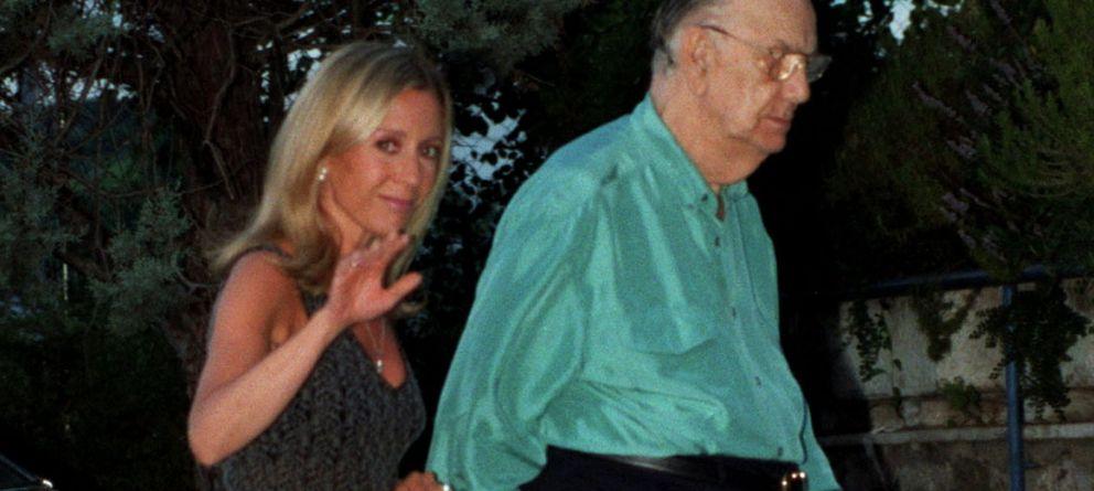 Un Miró, tercero en discordia en la batalla judicial entre la viuda y el hijo de Cela