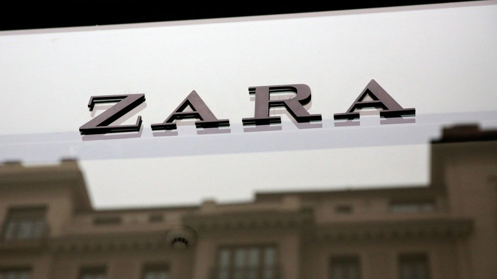 Foto: El logo de una tienda de la marza Zara, propiedad de Inditex. (Reuters)