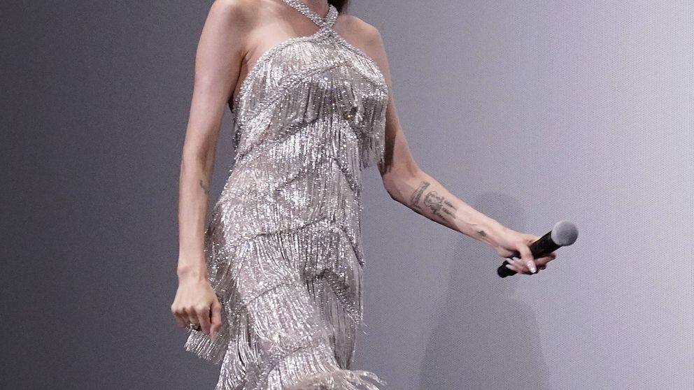 Angelina Jolie triunfó con un espectacular vestido de flecos y Zara tiene su versión para ti