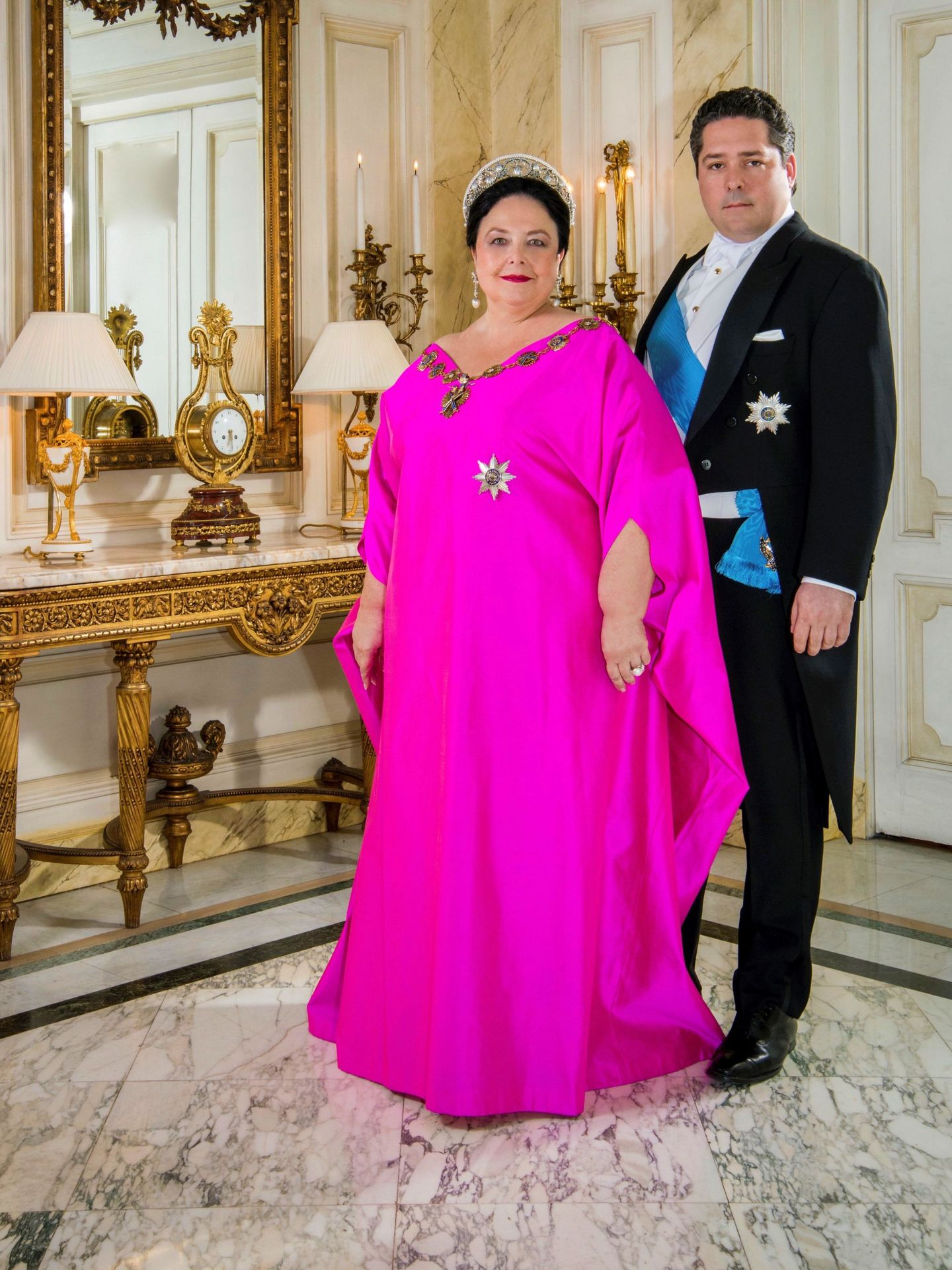 La gran duquesa, con su hijo Jorge, heredero del trono. (EFE)