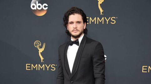 De Tony Goldwyn a Kit Harington: los aciertos y desaciertos de ellos sobre la 'red carpet'