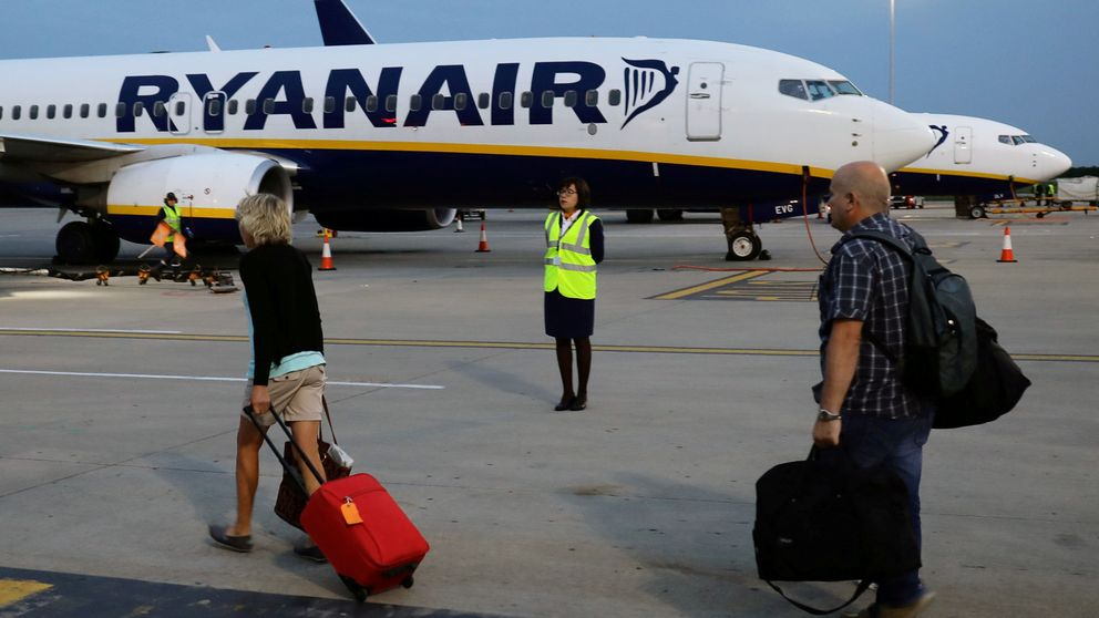 Ryanair salva las navidades 'in extremis': el personal de tierra también suspende paros