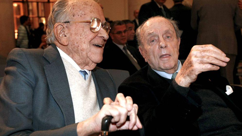 Foto: Santiago Carrillo y Manuel Fraga, en una fotografía de 2008. (EFE)