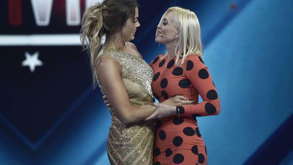 Foto: Aly Eckmann y Daniela Blume en la final de 'GH VIP 5'. (Gtres)