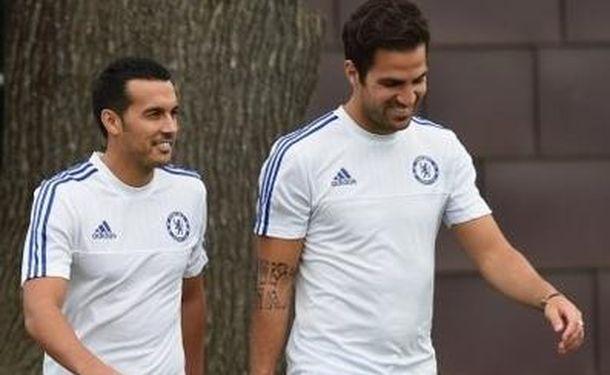 Foto: Pedro junto a Fàbregas en su primer entrenamiento con el Chelsea (Chelsea).