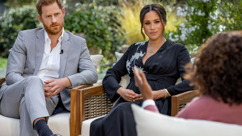 Los duques de Sussex, con Oprah Winfrey. (Reuters)
