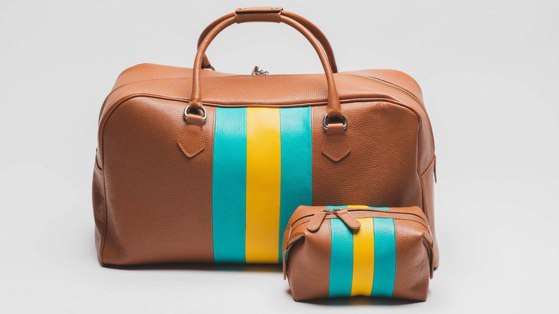 Foto: Pack 'Anatole' de Nagara Madrid, formado por el modelo de bolsa de viaje 'Anatole' y el neceser 'Volga Nano'. (Precio 400 €)