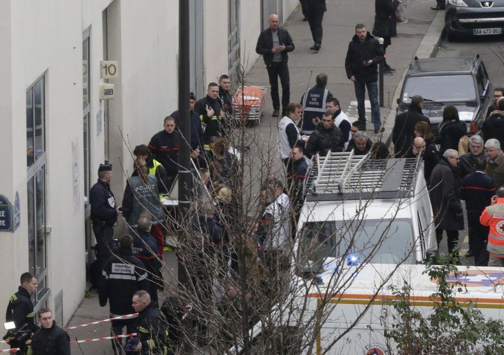 Foto: Ataque mortal al semanario crítico francés 'Charlie Hebdo' (Reuters)